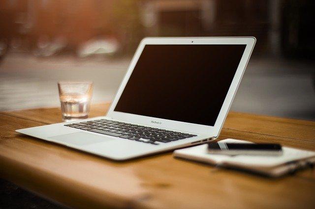 Wymiana matrycy w laptopie